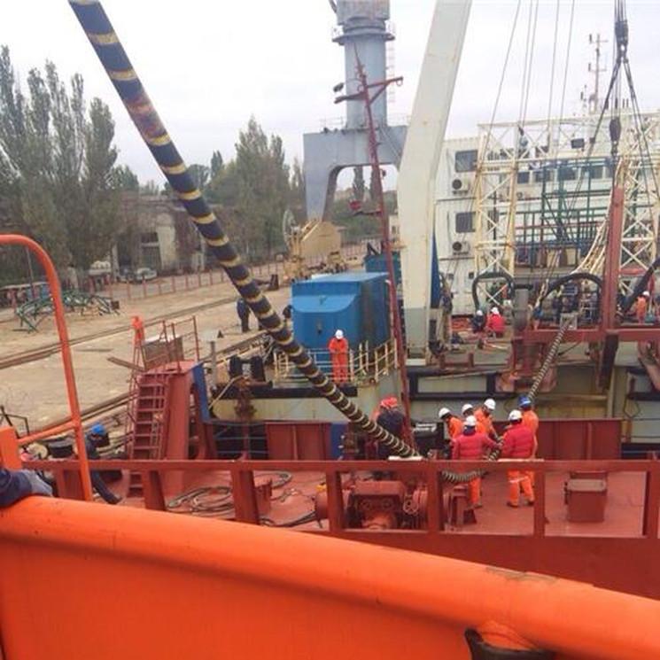Процесс строительства энергомоста в Крым
