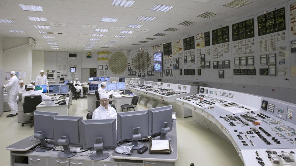 Атомная электростанция в Сосновом Бору