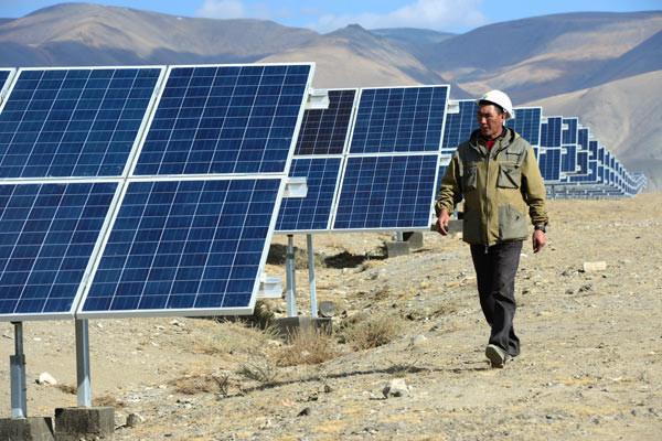 В Крыму запустят ещё одну солнечную электростанцию