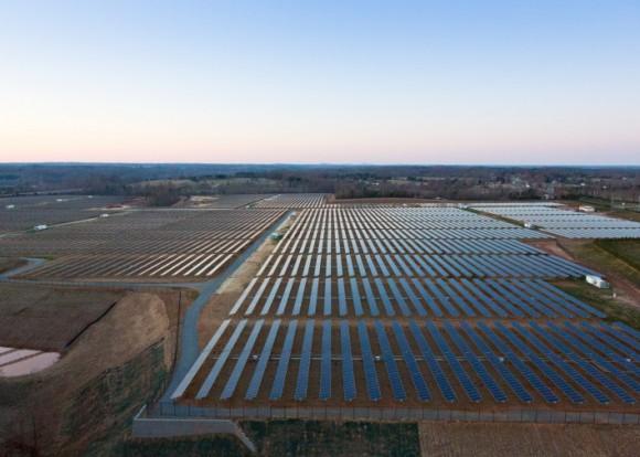 Дата центры на солнечных панелях